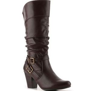 White Mountain Greeting Brown Leather Buckle Boots